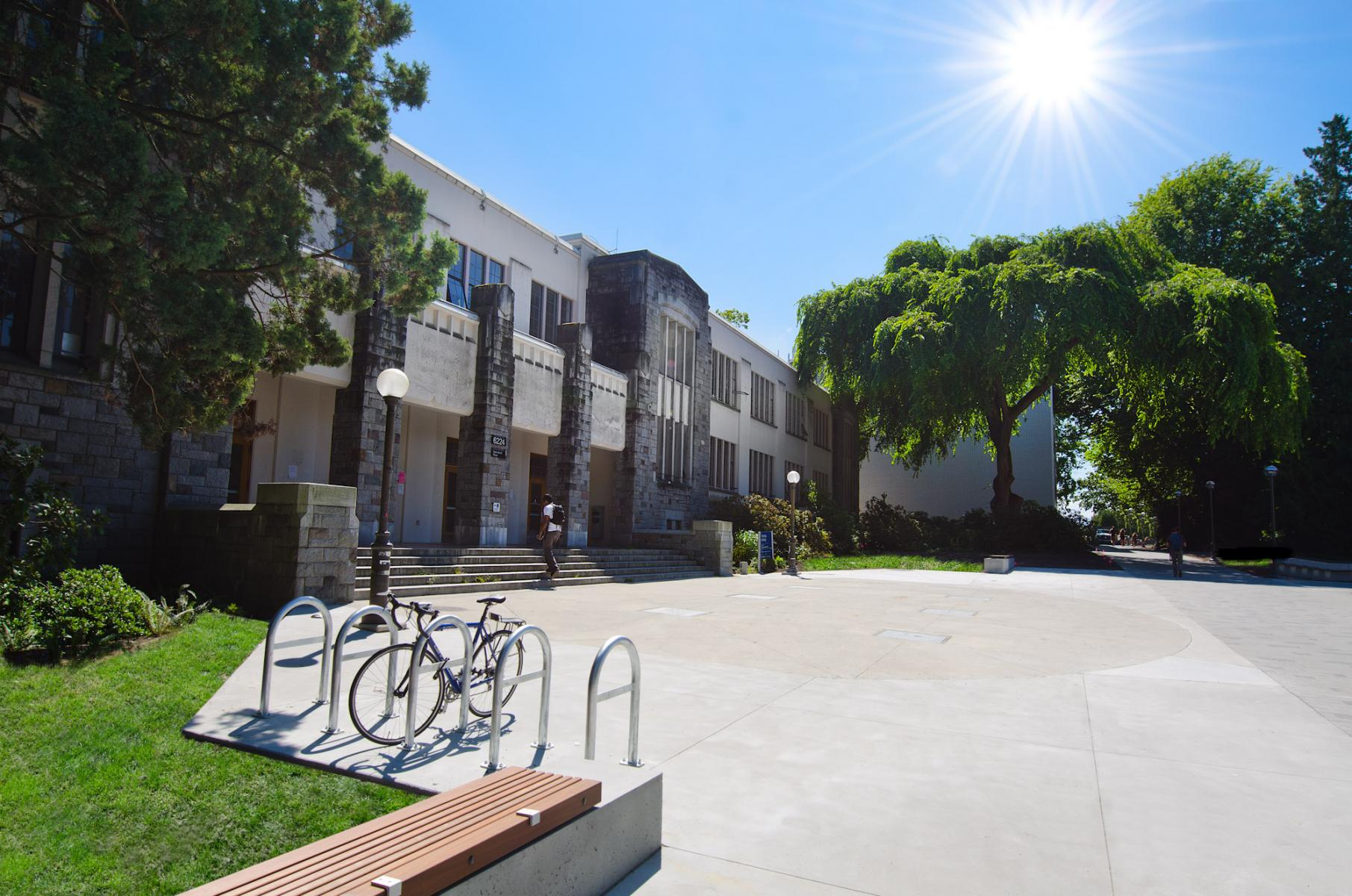 Department of Physics & Astronomy, Hennings Building